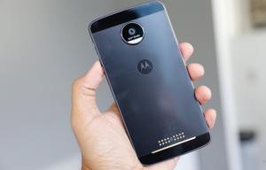 ثبت «آنلاین» گوشیهای مسافری در سامانه گمرک از امروز آغاز شد،نمایشگر جیبی